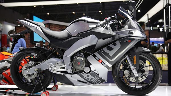 Piaggio Plans To Enter Middleweight Motorcycle Segment: Wants Piece Of RE's Market Share1