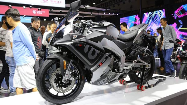 Piaggio Plans To Enter Middleweight Motorcycle Segment: Wants Piece Of RE's Market Share