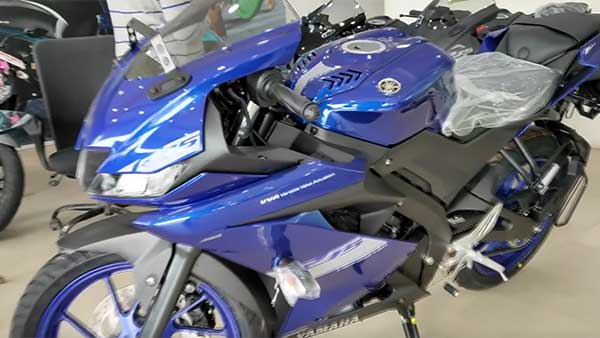 Yamaha YZF R15 V3.0 BS-VI Models Begin Reaching Dealerships Across India