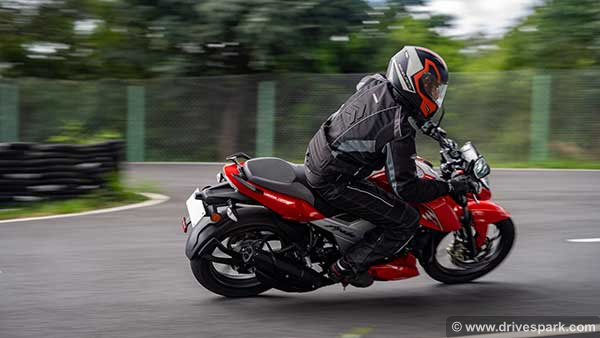 TVS Apache RTR 160 4V BS-6 First Ride Review: Performance, Top Speed, Features & Details