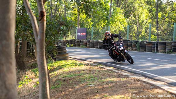 TVS Apache RTR 200 4V BS-6 First Ride Review: Performance, Top Speed, Features & Details