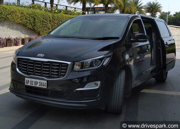 Kia Carnival To Be Launched In India With Six Seven Eight And
