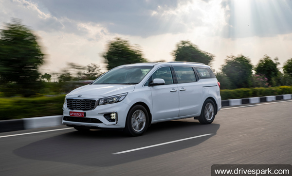 Kia Carnival MPV Review (First Drive) Driving Impressions, Handling, Performance, Features, Specs & More