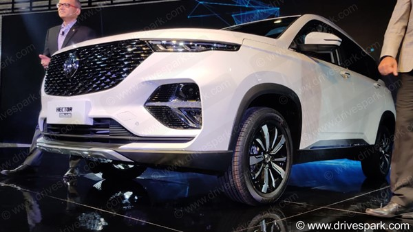 Auto Expo 2020: MG Hector Plus Unveiled - Expected Launch Date, Specs, Features, Images & More