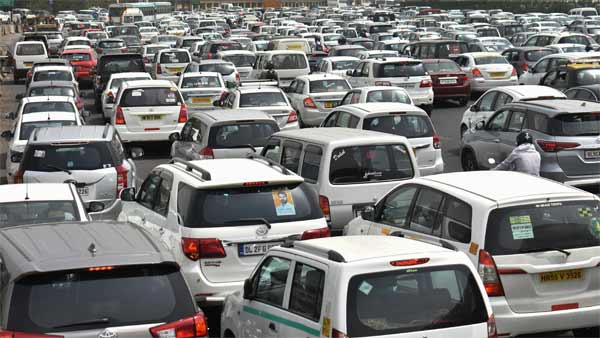 BS4 Vehicle Sales Extension Plea Filed By FADA & SIAM With Supreme Court: Details