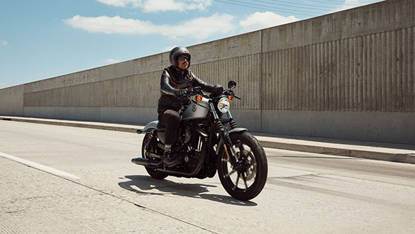 Harley Davidson Iron 883 BS6 Model Price Announced: Rs 51,000 More Expensive Than BS4 Models