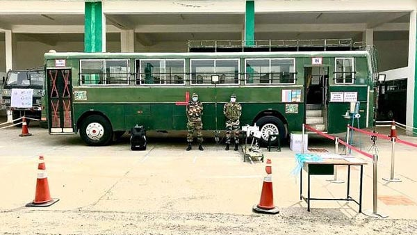 Coronavirus Pandemic: Indian Army Modifies Bus To Carry Coronavirus Patients Along With Medical Aids