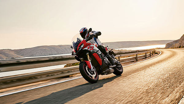 BMW Motorrad To Launch The 2020 BMW F 900 XR And S 1000 XR Soon In India