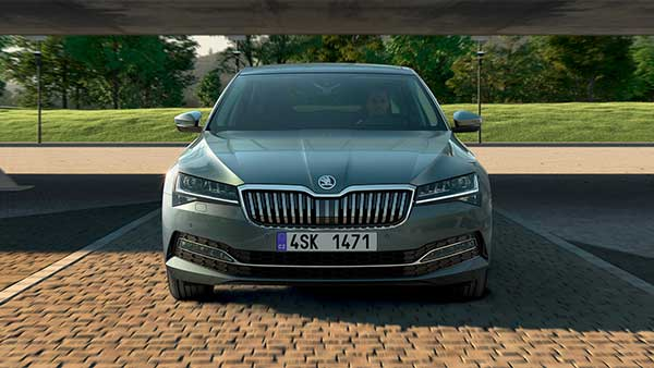 2020 Skoda Superb Facelift Bookings Open: Official Launch & Deliveries To Begin Post Lockdown Period