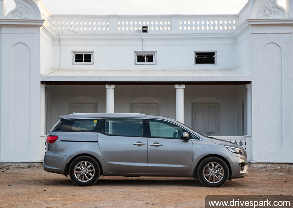 Kia Carnival Sales Cross 3,000 Units: Milestone Achieved In Three Months Of Launch