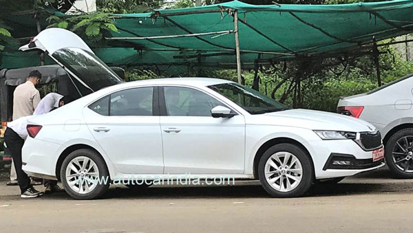 All-New Skoda Octavia Spotted Testing In India: Details & Specifications