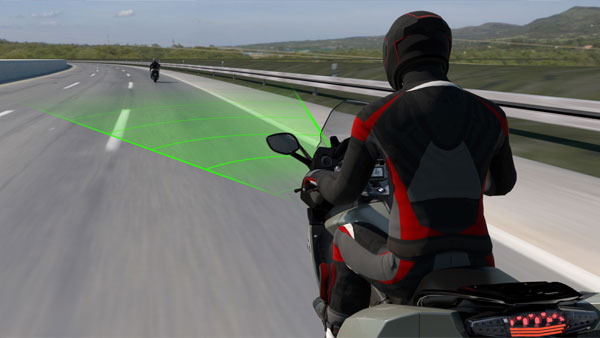 BMW Motorrad Active Cruise Control Revealed: Radar Assisted Cruising Technology