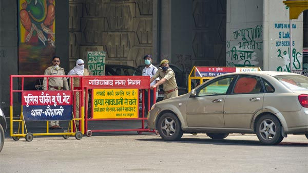 1,200 Vehicles Fined In Noida For Violating COVID-19 Rules & Regulations