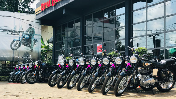 Royal Enfield Delivers 1000 Bikes In A Single Day In Kerala As Part Of Onam Celebrations Across State