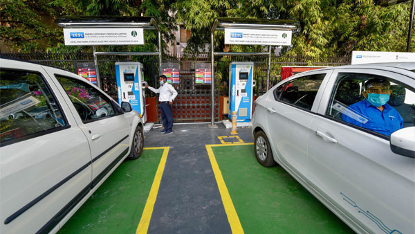 Government Plans To Install Charging Stations Across 69,000 Fuel Stations: Details