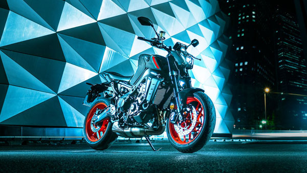 New Yamaha MT-09 (2021) Globally Unveiled: Specs, Features, India Launch & Other Details