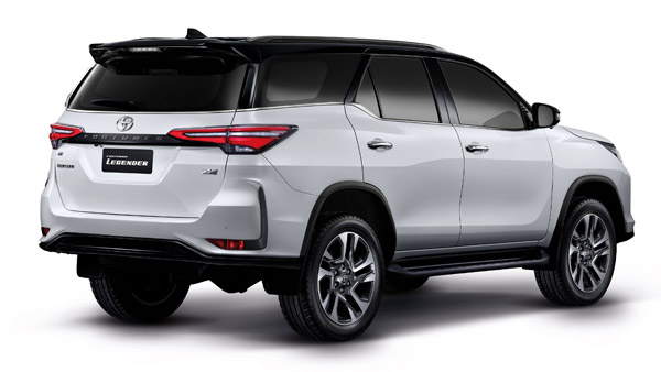 Toyota Fortuner Facelift Unofficial Bookins Open: Specs, Features & Other Details