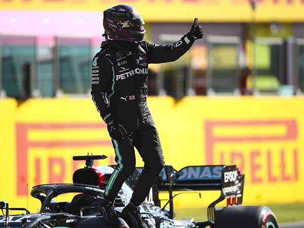 Lewis Hamilton Wins Turkish Grand Prix: Equals Michael Schumacher's Record Of 7 World Championship Titles