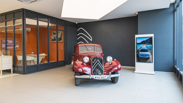 Citroen Inaugurates India's First La Maison Showroom In Ahmedabad: Plans To Introduce 10 Dealerships Ahead Of C5 Aircross Launch