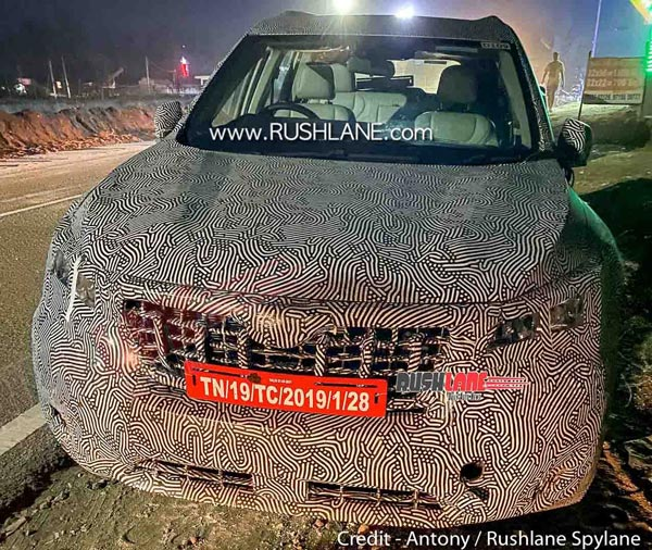 Spy Pics: New-Generation Mahindra XUV500 Spied With Panoramic Sunroof & Other New Features & Equipment