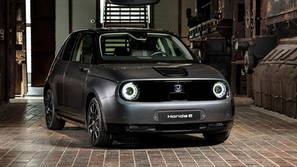 Honda e Wins The '2021 World Urban Car Of The Year' Award