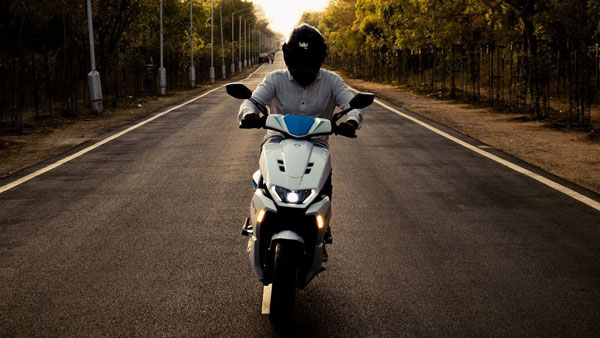 White Carbon Motors GT5 Electric Scooter Launched In India: Prices Start At Rs 1.15 Lakh