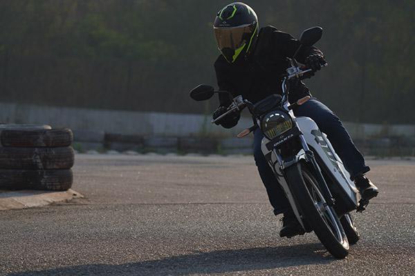 Gravton Quanta Electric Bike Launched In India