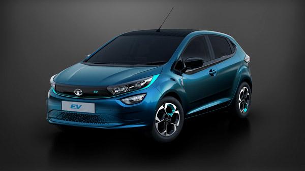 Tata Altroz EV Range Around 500 Kilometers: To Feature Bigger Battery Pack Than Nexon EV