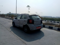 Spy Pics Ford Figo Cross Spotted Testing India Nmc1