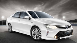 Toyota Camry Hybrid Production Resumes In India