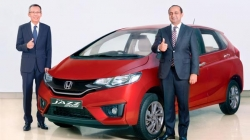 New Honda Jazz Facelift Launched India At Rs 7 35 Lakh Specifications Features Images