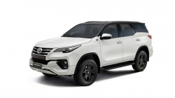 Toyota Fortuner Trd Launched Price Rs 33 85 Lakh Specs Features Details