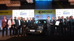 Icoty 2020 Hyundai Venue Wins Indian Car Of The Year Award More Details