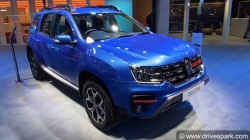 Renault Duster Turbo Petrol Varaint To Launch Soon In India Specs Features Details