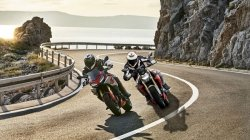 Top Bike News Of The Week Bmw F 900 R F 900 Xr Versys 1000 Battre Electric Scooters Launched Details