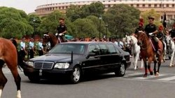 First President Of India To Use Mercedes Benz S Class Limousine As Official Car Details