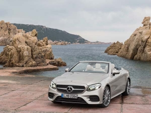 Guy Tries To Get A Free Mercedes-Benz — Gets Trolled Badly