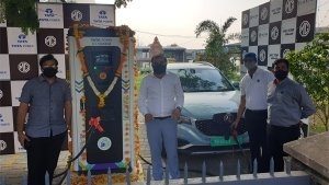 MG Motor Inaugurates First Superfast Charging EV Station In Nagpur: Available To All Vehicles