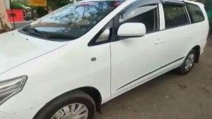 Toyota Innova Converted Into Ambulance With Oxygen In Madhya Pradesh