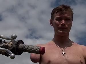 VIDEO: Craig Parks— One Armed Motocross Rider