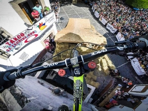 Video: Remy Metailler In World PinkBike Challenge!
