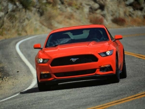Ford Mustang GT Seen Testing In Pune, India!