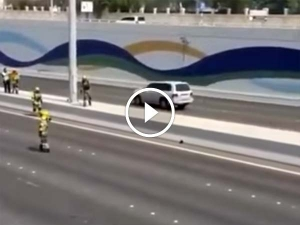 Watch Abu Dhabi Cops Close A Highway To Rescue A Kitten