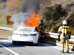 Tesla Fire Takes 35 Firefighters 2 Hours To Extinguish