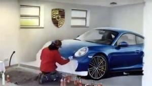 Man Makes A Porsche 911 3D Painting Inside His House