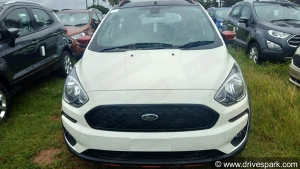 New Ford Freestyle 'Flair' Variant Spied At Dealership
