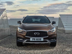 Striking Infiniti QX30 Drives In To The Limelight - Pictures