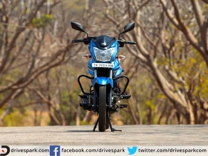 TVS Victor Review: The True Blue Commuter?