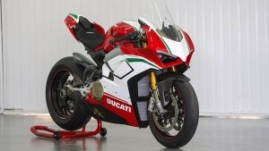 India's First Ducati Panigale V4 Speciale Delivered; Priced At Rs 51.81 Lakh