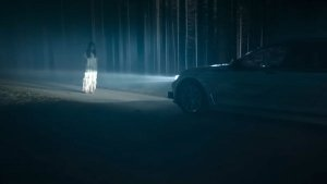 Self-Driving BMW 7-Series Auditions For Next Ghostbusters — Scares Off White Walker Wannabe